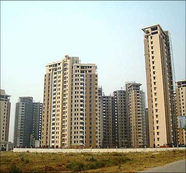 Builders in trouble! Rs 25,000-crore debt payment looms
