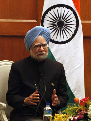 Prime Minister Manmohan Singh addressing a news conference.
