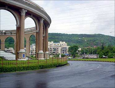 Essel group and Bhushan Steel bought a 250-acre plot in Kharghar Kharghar, Navi Mumbai.