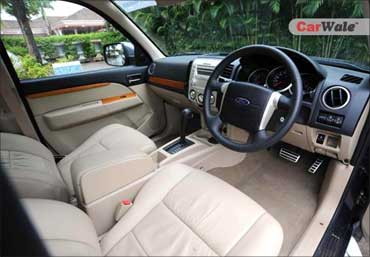 The interior of Ford Endeavour.