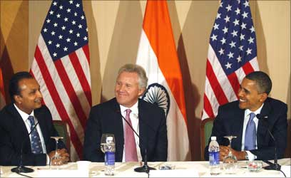 (L-R) Anil Ambani, General Electric chairman Jeffrey Immelt and Barack Obama.