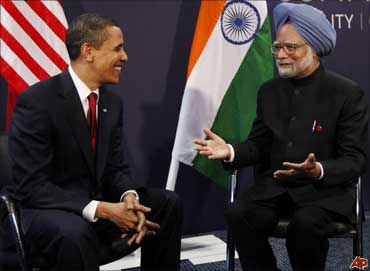 US President Barack Obama (left) with Prime Minister Manmohan Singh.