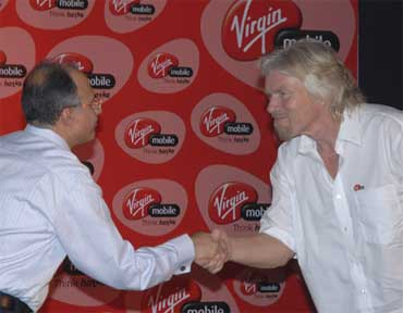 Sardana with Vargin Mobile's Richard Branson.