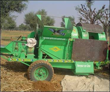 A fuel-efficient, multi-crop thresher.