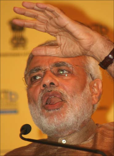 Modi speaking at a meeting with business leaders in Mumbai.