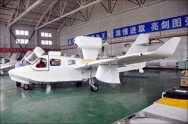 Amphibious aircraft.