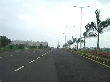 Palm beach road, Navi Mumbai.