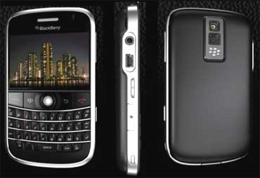 :India not to ban BlackBerry services: RIM