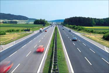 India may attract $41 billion private funds for roads: Nath