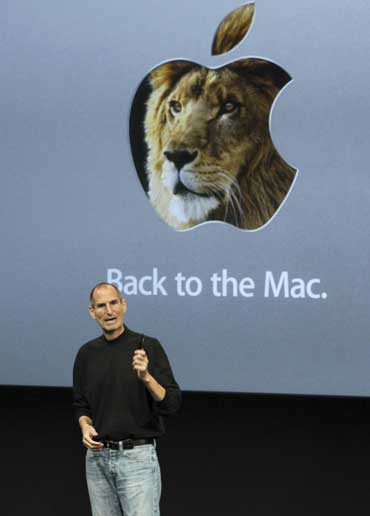 Apple CEO Steve Jobs unveils the latest Mac operating system software named Lion.