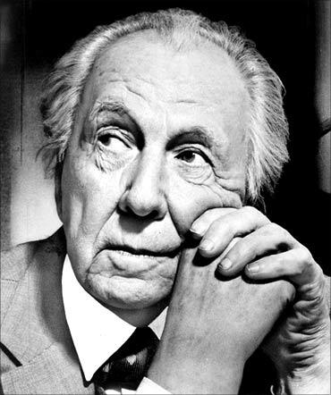Frank Lloyd Wright.