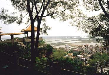 Pearl River harbour, Guangdong.