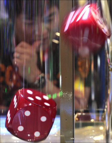 Why gambling, betting should be legalised in India