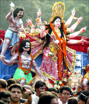 At over Rs 1,500 crore, festivals are huge business!