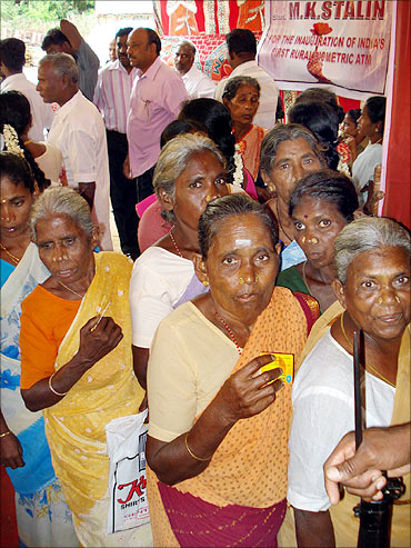 NREGA workers at Cuddalore waiting to use the ATM.