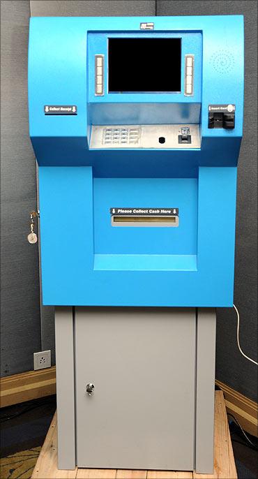 GramatellerDuo ATM.