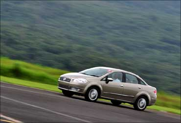 Wait for this car: The fabulous Fiat Linea T-Jet