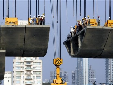 Labour woes, rising costs hit realty firms