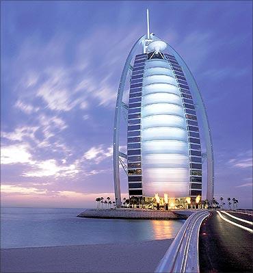 Burj-Al-Arab, Dubai.
