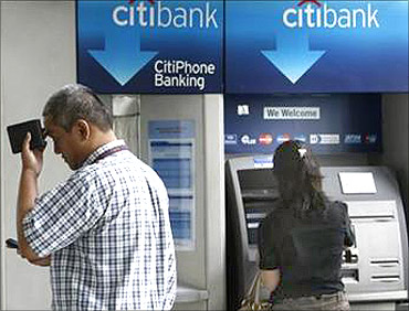 Citigroup's employee has been accused of fraud.