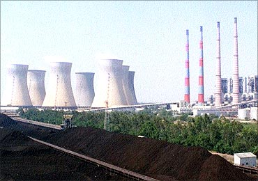 Public issue of Neyveli Lignite Corporation was not under discussion.