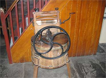 19th-century Metropolitan washing machine.