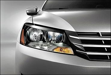Passat's front headlight.