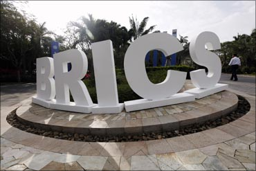 BRICS to use own currencies for credit, grants