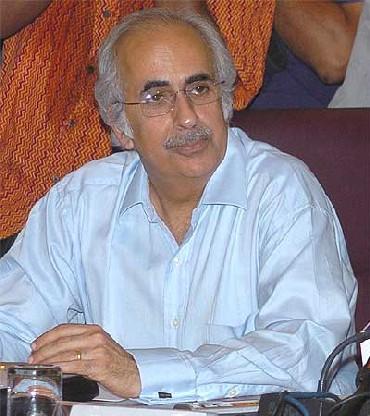 Ashok Chawla.