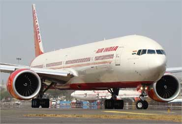 Air India plans to slash fares by up to 15%