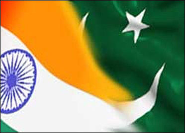 Indo-Pak to expand trade.
