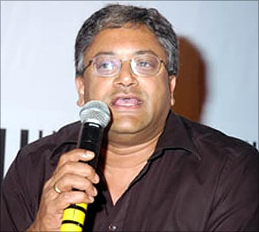 Raghu Pillai.