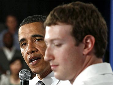 Obama at the Facebook headquarters.