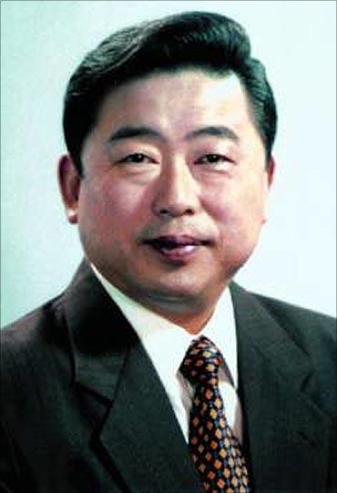 Hu Maoyuan.