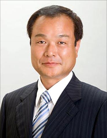 Takanobu Ito.