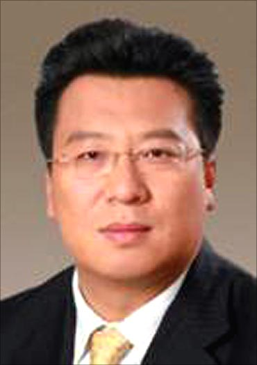 Lefei Liu.