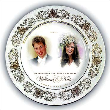 Souvenir wedding plate.