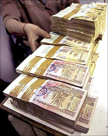 Rural household on average paid Rs 164 as bribe.