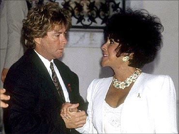 Elizabeth Taylor and her seventh husband, construction worker Larry Fortensky.
