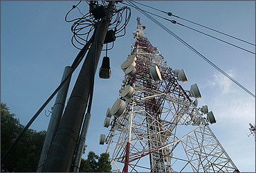Telecom firms pitch for 2G spectrum auction