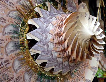 PM tells IIM grads how corruption can be curbed