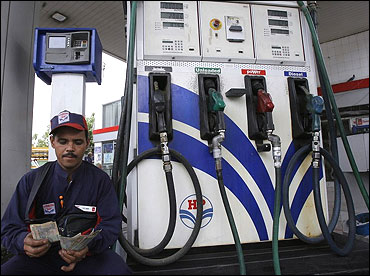 Petrol in India costlier than in US, Pak, Sri Lanka