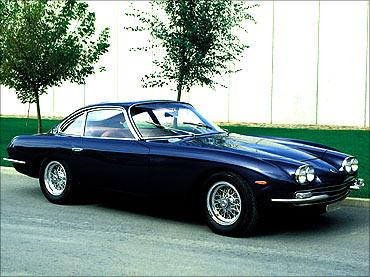 400 GT.