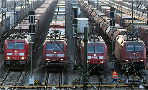 Railway Usage Top 10 Nations Rediff Com Business