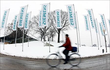 Siemens is a 10-time Global MAKE Winner.
