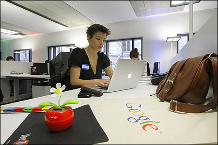 Google opens research centre in Paris