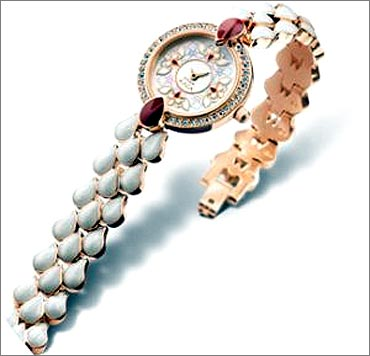 Its product portfolio includes watches, accessories and jewellery.