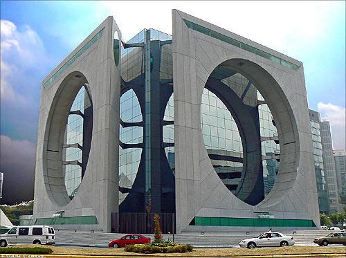 Calakmul building.