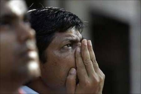 Bloodbath on the bourses! Sensex down 478 points