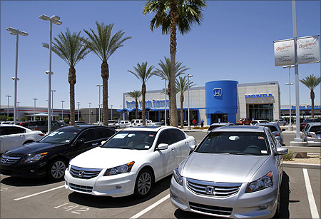 Honda Accords sit parked outside SanTan Honda Superstore in Chandler, Arizona.